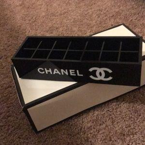ONE LEFT Chanel Makeup Holder